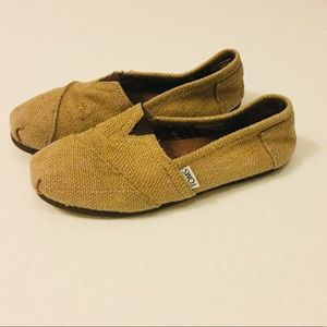 Toms Wide 6.5 Natural Burlap Shoes